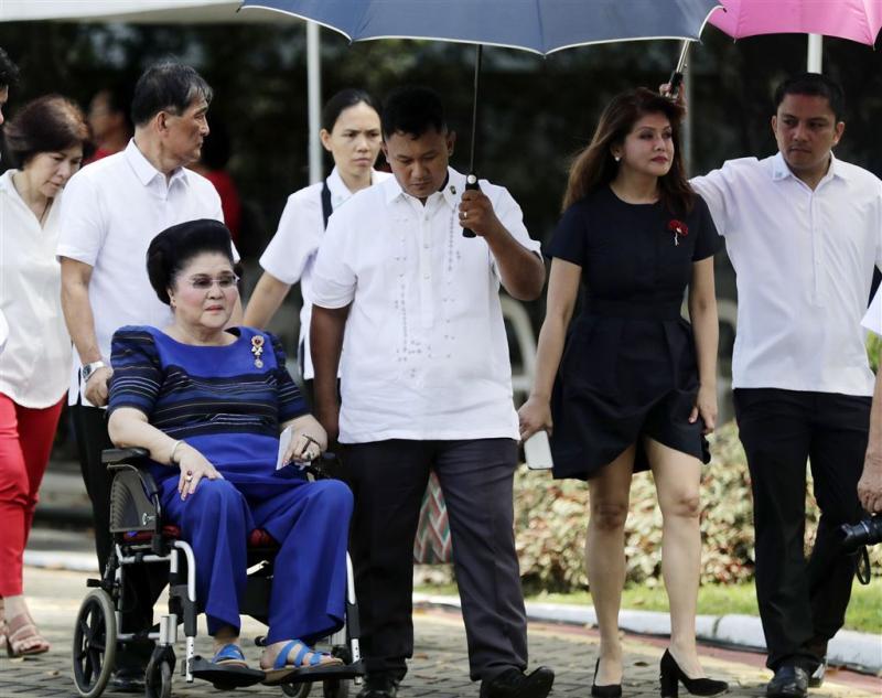 Duterte: familie Marcos wil geld teruggeven