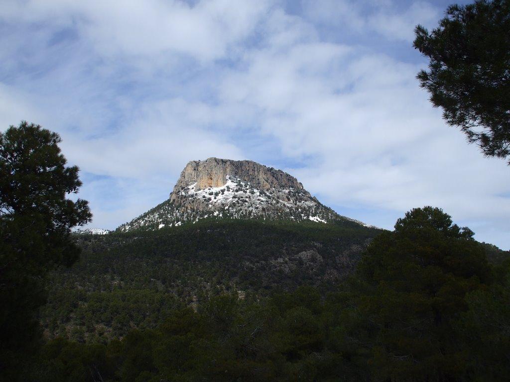 De rotspartij is het bekijken waard (Foto: Panoramio)