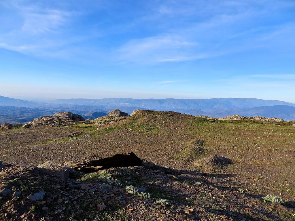Het maanlandschap bovenaan (Foto: Panoramio)