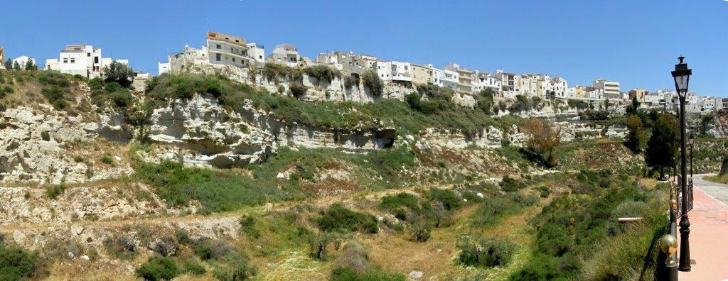'Hangende huizen' bij Sorbas (Foto: Panoramio)