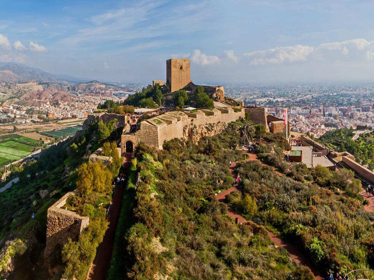 Het fraaie kasteel van Lorca (Foto: Panoramio)