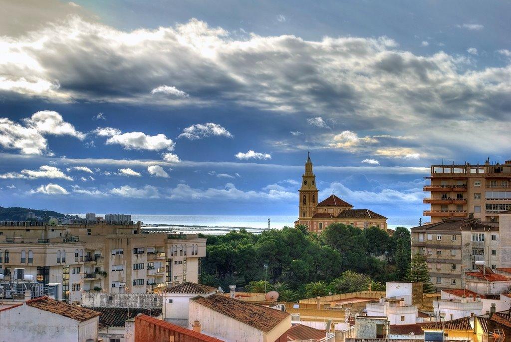 De fraaie kerk in Motril (Foto: Panoramio)