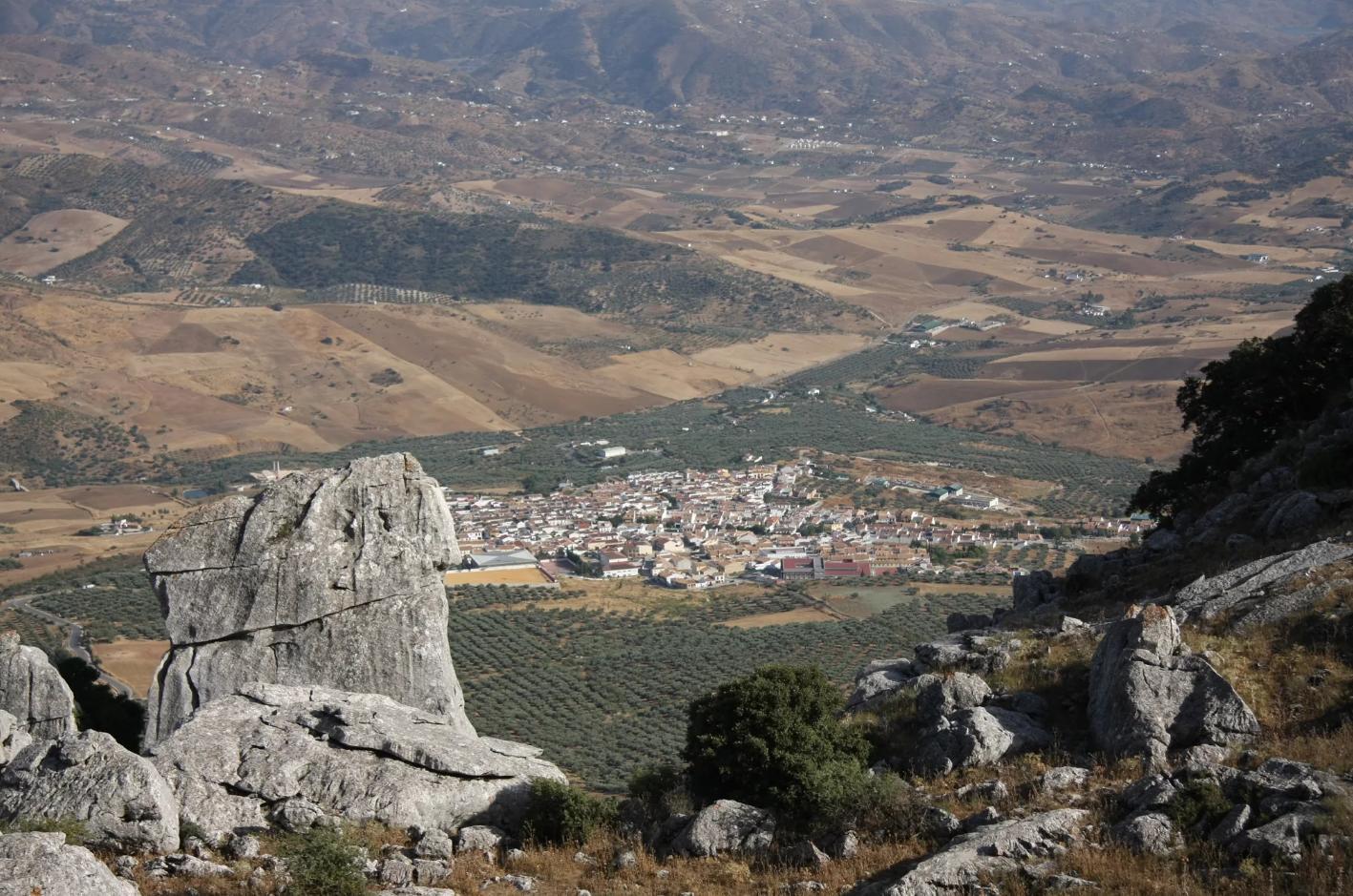 We rijden nog steeds door een mooie omgeving (Foto: Panoramio)