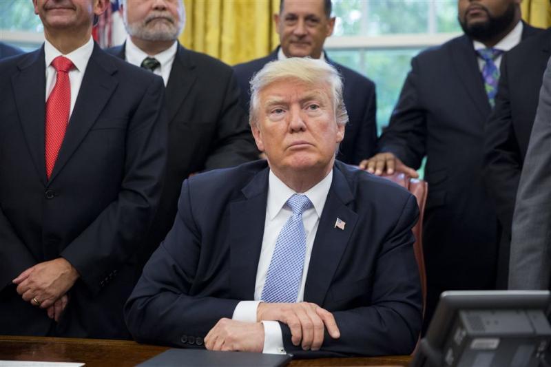 Trump vraagt Congres om 6 miljard noodhulp