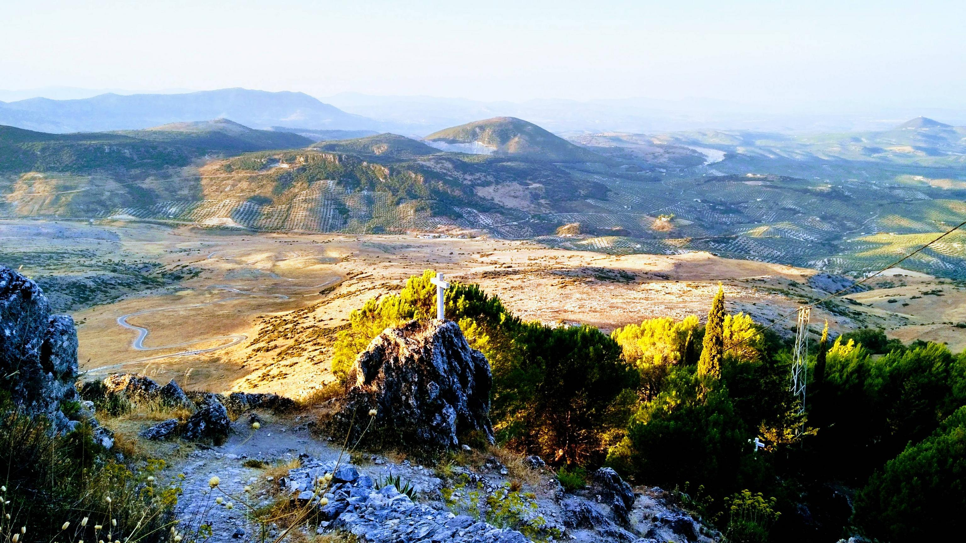 Bovenop de eerste klim van de dag (Foto: Panoramio)