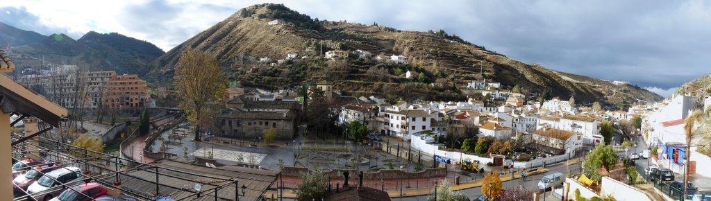 We komen vandaag door Monachil (Foto: Panoramio)