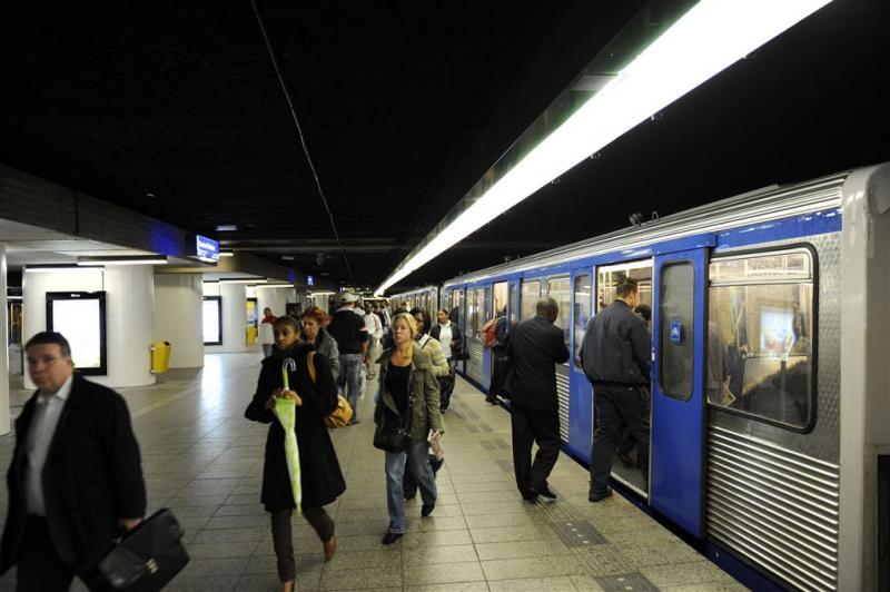 Geen jeugdreclame voor ongezond eten in metro