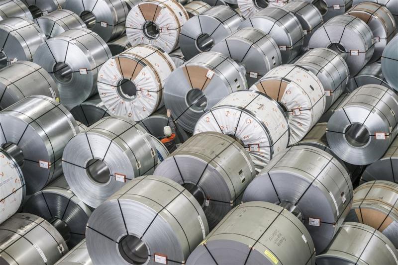 Inval bij ArcelorMittal en branchegenoten