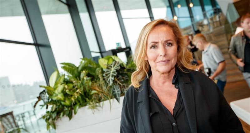 Angela Groothuizen trouwt Gordon