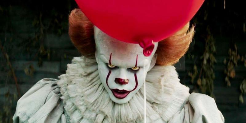 IT: Bill Skarsgard als Pennywise