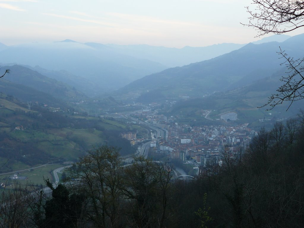 Een blik op de vallei van vandaag (Foto: Panoramio)