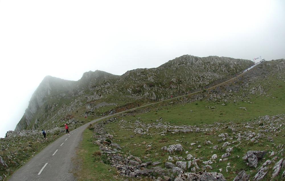 Een heerlijke muur, die Angliru (Foto: Panoramio)