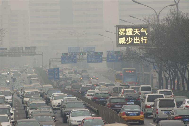 China wil op termijn af van ouderwetse auto's