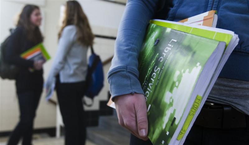 Scholengemeenschap schrapt studiekosten