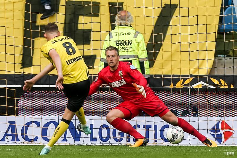 Leemans bezorgt VVV punt tegen Vitesse (Foto: Pro Shots/Kay Int Veen)