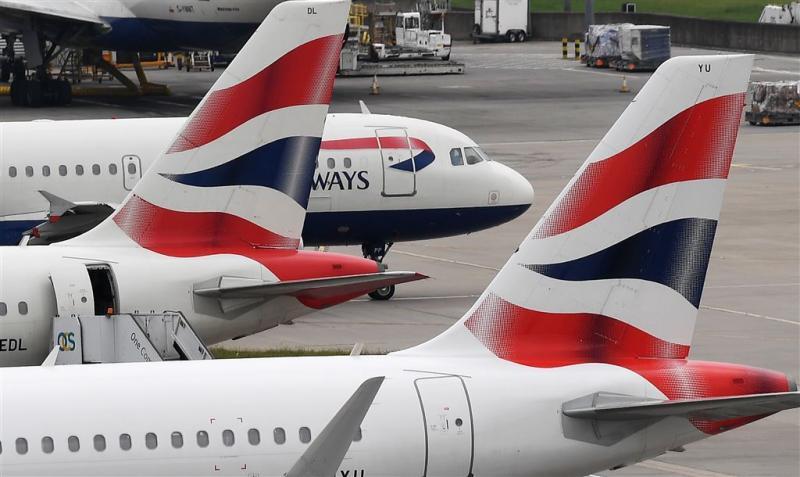 Passagiers Brits vliegtuig Parijs geëvacueerd