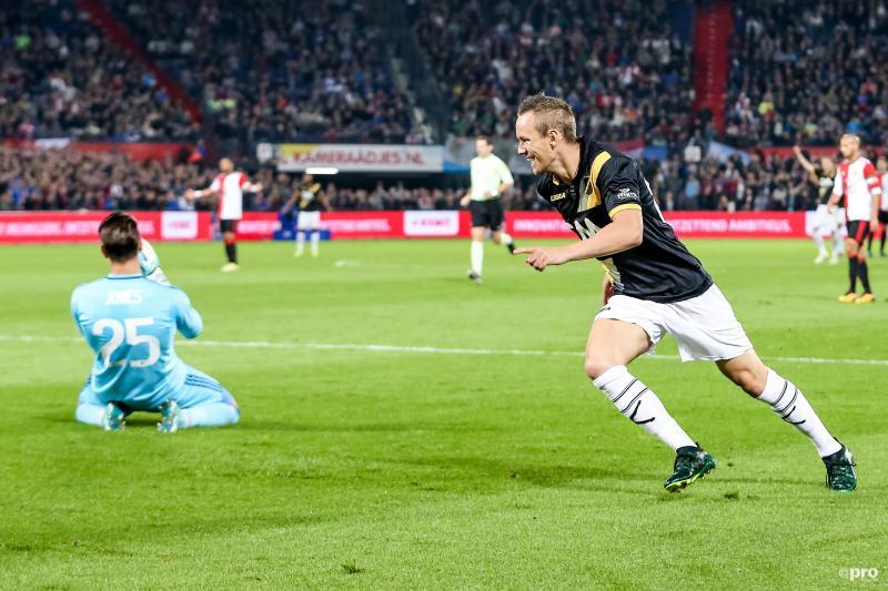 Enevoldsen zorgde voor de 0-2 na een blunder van Jones (Foto: Pro Shots/Kay Int Veen)