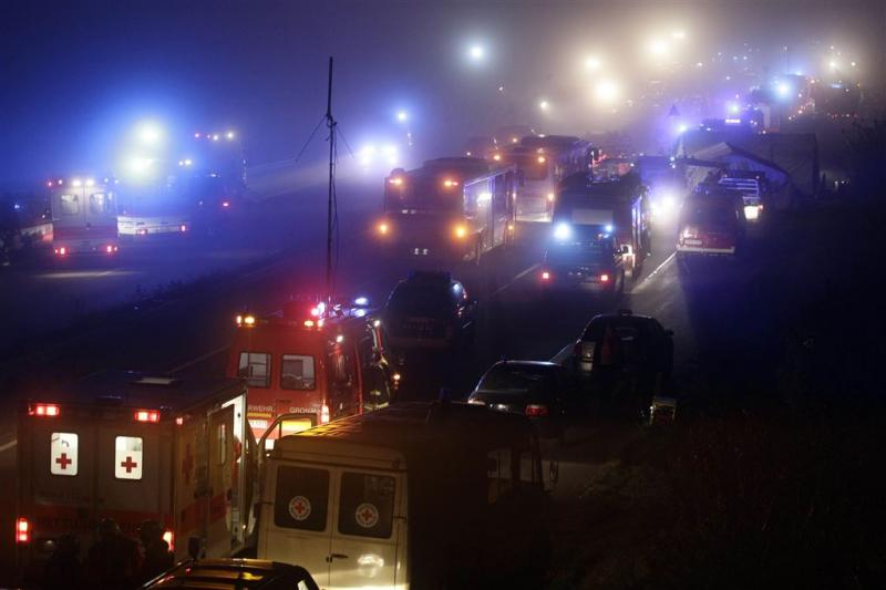 Spookrijder rijdt drie Nederlanders dood