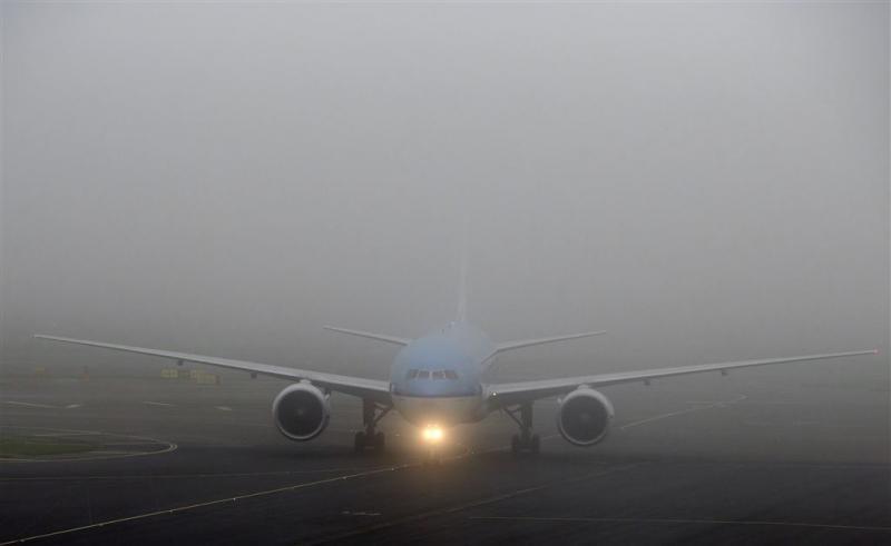 Vertragingen op Schiphol door mist