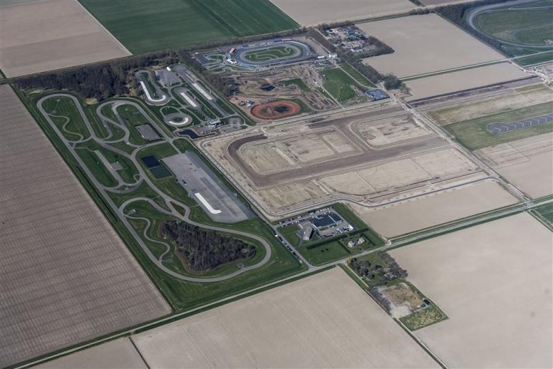 'Omzet- en banen kwijt door Lelystad Airport'