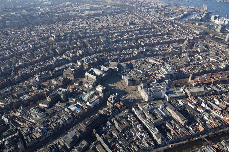 Ruimte voor bijna 300.000 woningen regio A'dam