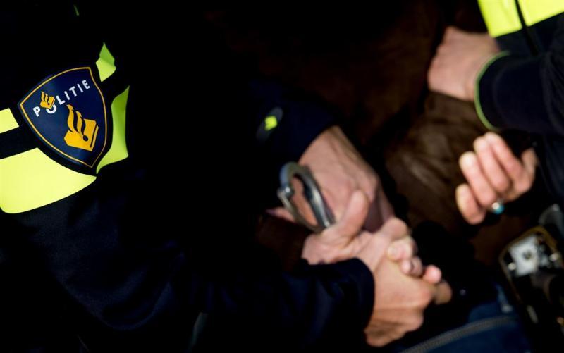 Tieners opgepakt om gewapende beroving