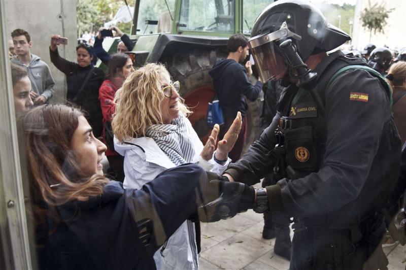 EU-politici willen de-escalatie in Catalonië