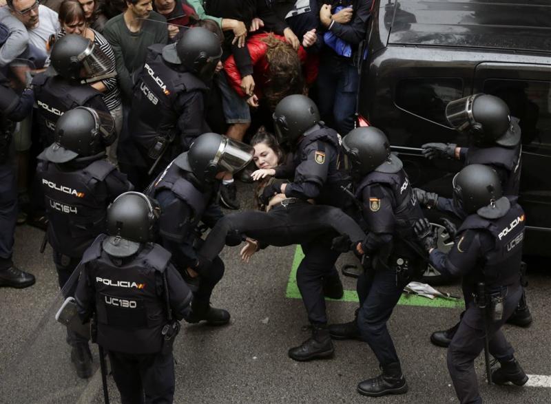 'Honderden gewonden in Catalonië'