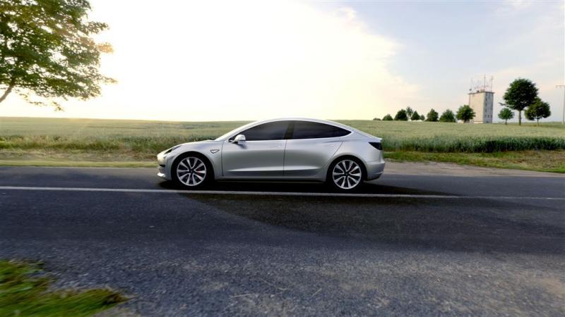Bouw Tesla Model 3 nog niet op stoom