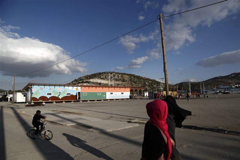 Veel migranten keren Griekenland de rug toe