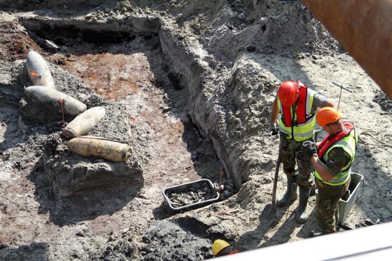 Menselijke resten bij berging bommenwerper