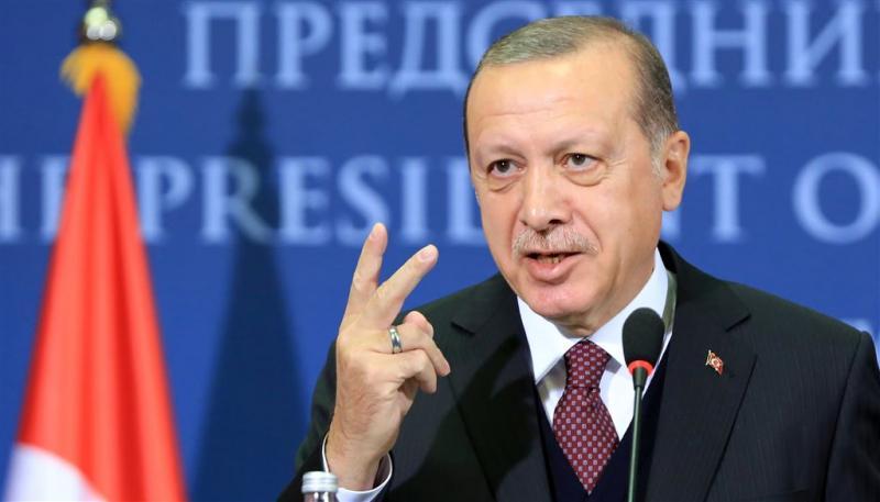 Erdogan voert twist met VS verder op