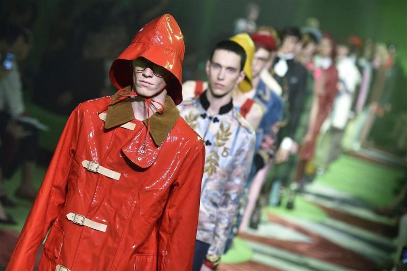 Modehuis Gucci zweert alle bont af