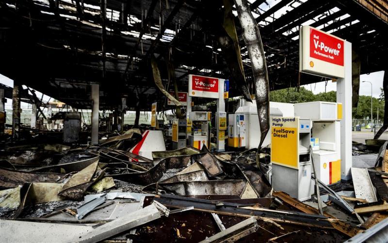 Zes jaar cel voor rammen tankstation De Andel