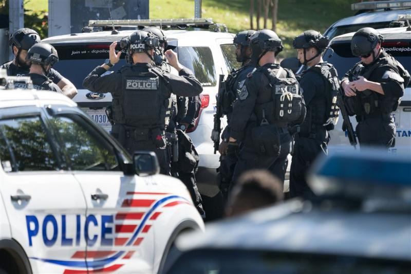 Politie VS jaagt op schutter