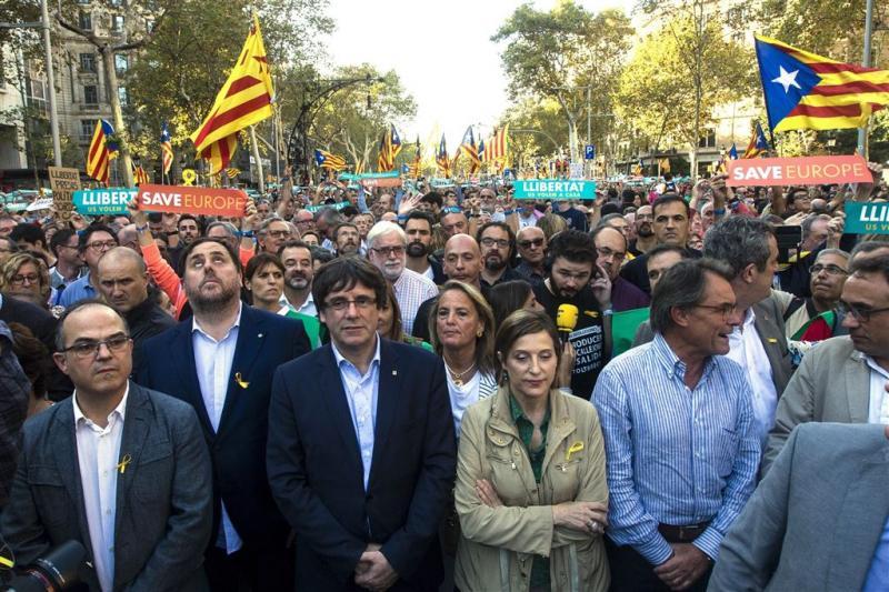'Spanje pleegt staatsgreep in Catalonië'