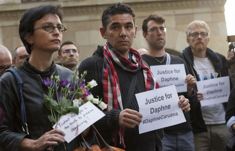 Duizenden demonstreren na moord op journalist