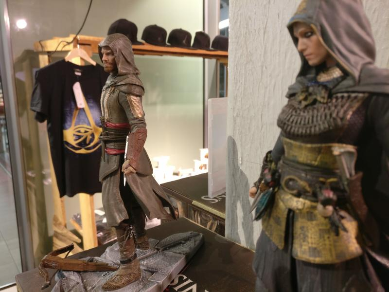 Assassin's Creed Origins Expo - Merchandising