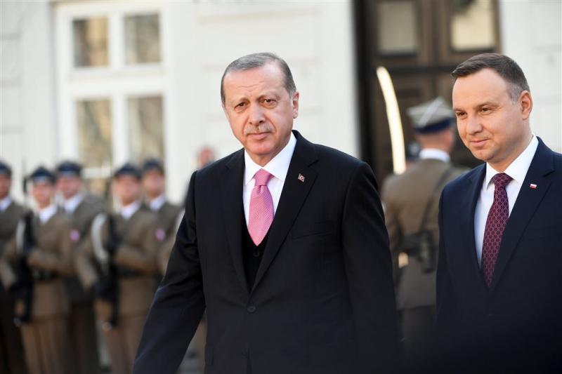 Levenslang voor verdachten couppoging Turkije
