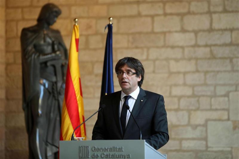 Regering van Puigdemont officieel afgezet