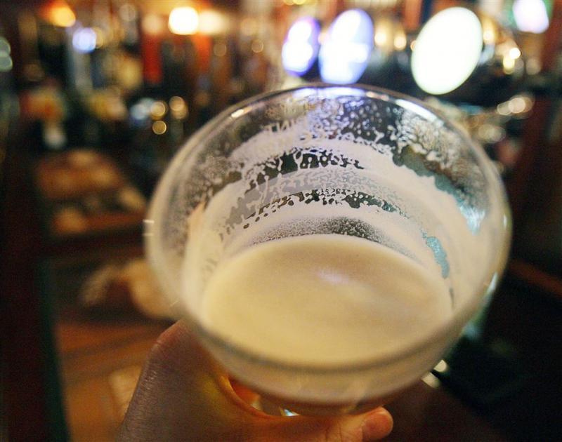 Menstruerende vrouw krijgt korting in bar