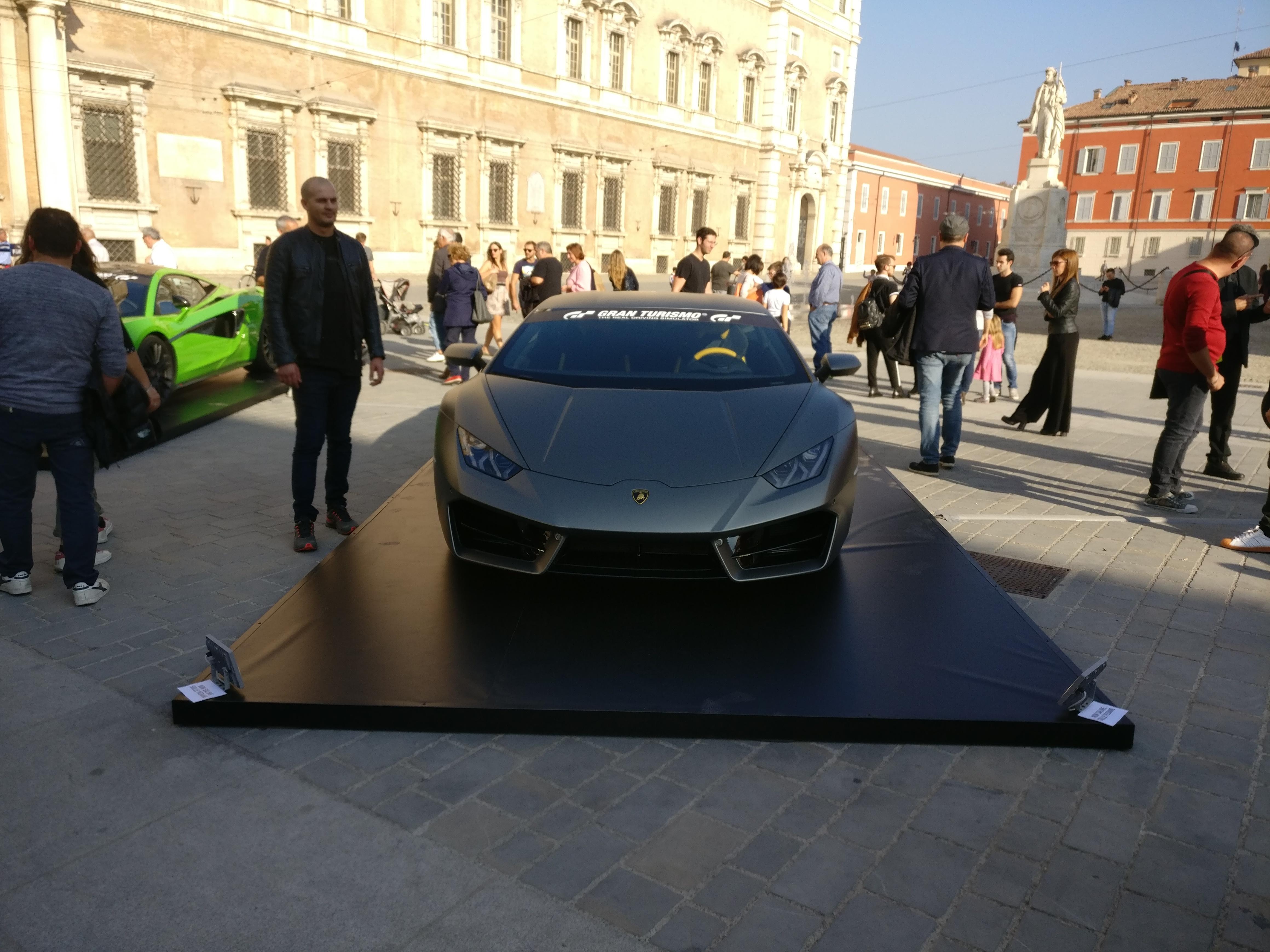 Gran Turismo Sport - Piazza Roma