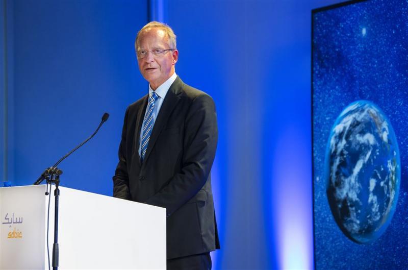 Oud-minister Kamp wordt voorzitter van ActiZ