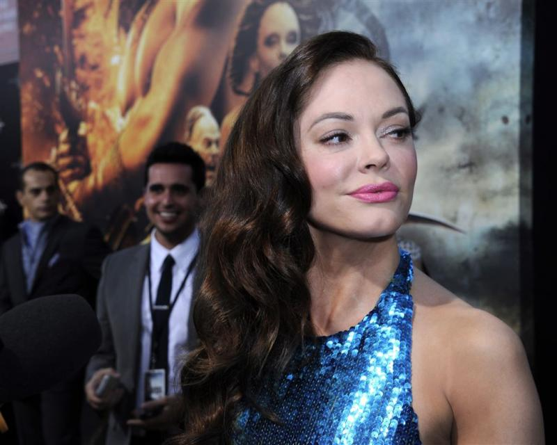 Rose McGowan woest om arrestatiebevel
