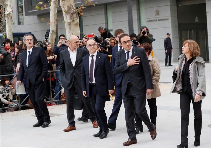 Aanklager wil Catalaanse leiders in cel