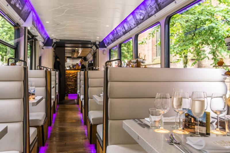 Tramrestaurant rijdt milleniumrit  (Foto: Hoftrammm)
