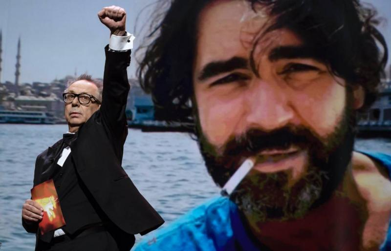 Deniz Yücel: Turkije glijdt af naar fascisme