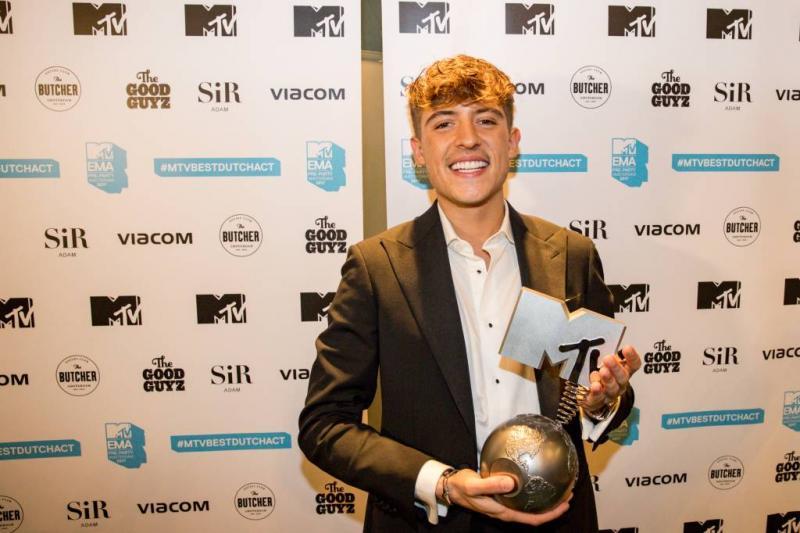 Lil' Kleine wint MTV EMA in Londen