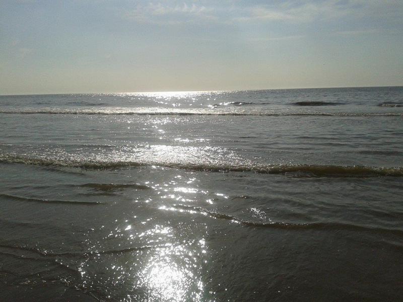 Zon en strand (Foto: Stephan5)
