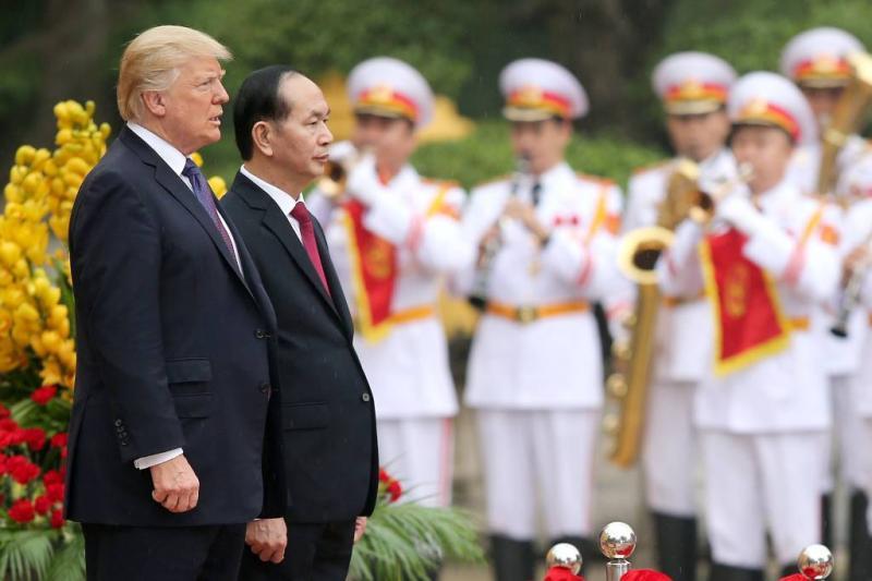 Trump wil bemiddelen in twist Zuid-Chinese Zee